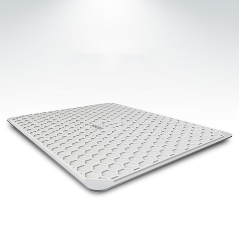 iQunix Aluminum Mouse Pad(Silver) - Smooth and Splendid Mental Pad For Macbook Tablet When Play Game Or At Office Work