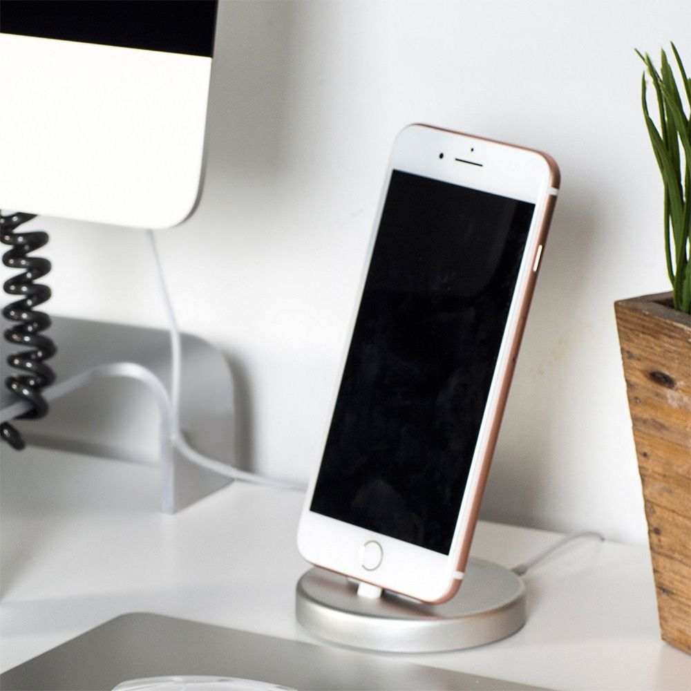 iQunix Panki iPhone Charging Dock (Silver)