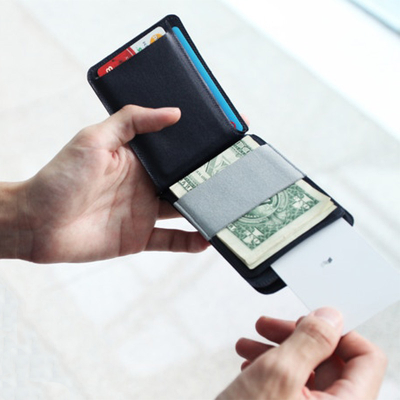 MAG Magic Wallet - Black - A modular wallet that you can swiftly detach and reattach
