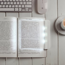 Homee LED Light Panel - Reading more comfortable with the light close to nature light at night