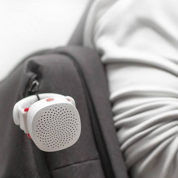 ManlnWhite Mini Bluetooth Speaker Wearable On Wrist