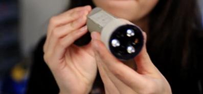 A Flashlight Powered by Human Body Heat